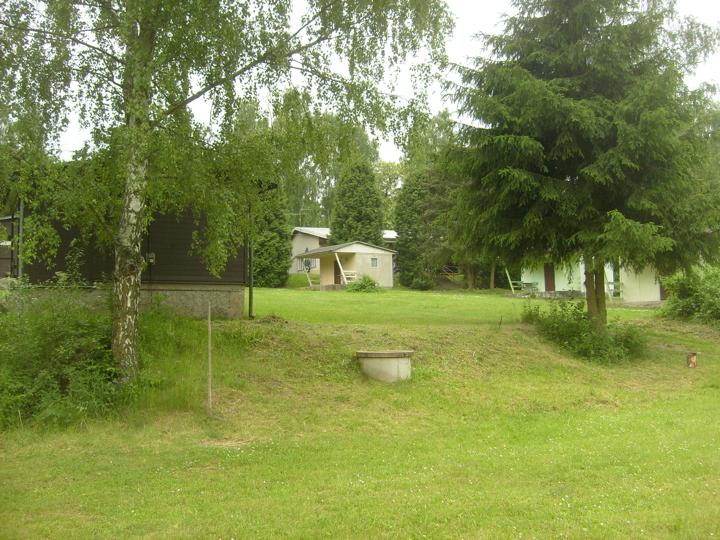 kemp u řeky sázava