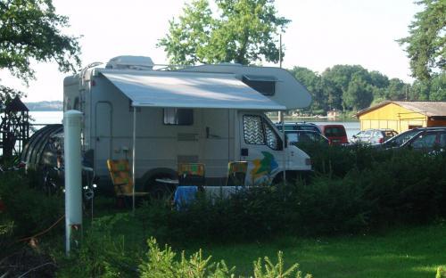 karavany v kempu Bezdrev