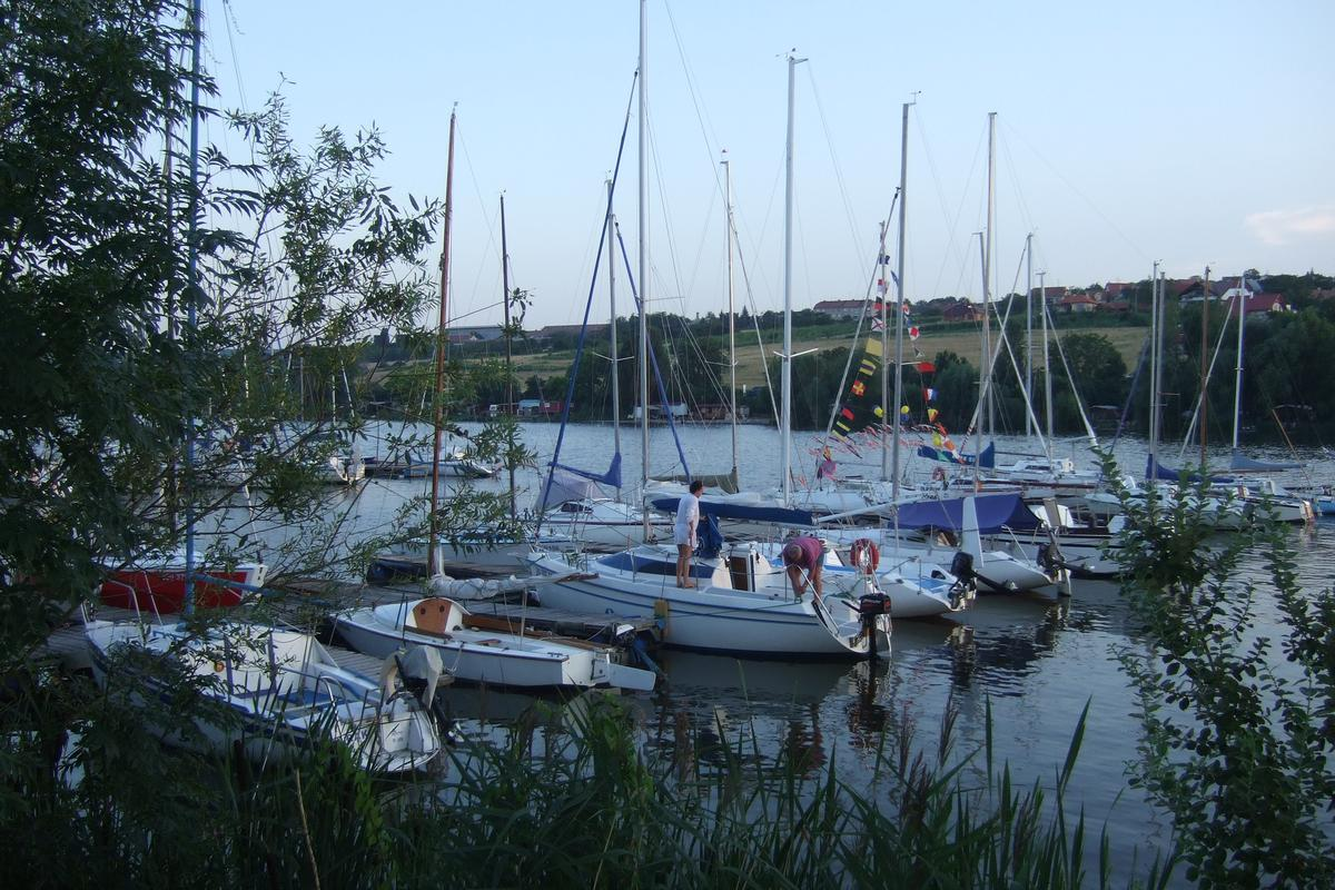 Yacht Club dla Watermen, South Moravia
