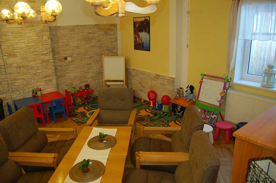 フラデツ・クラロベ地方のレストランの子供向けコーナー
