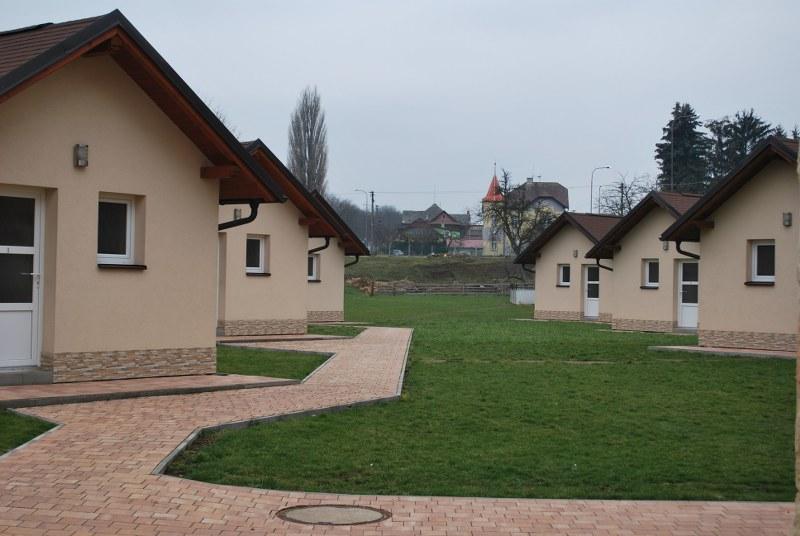 http://www.kempy-chaty.cz/sites/default/files/hostinec_u_rybnika_a_bungalovy_1_800x536_1.jpg