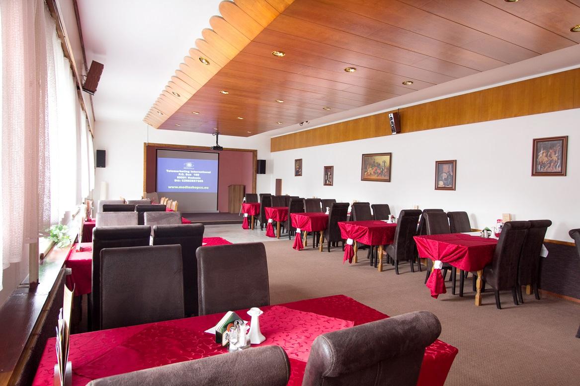Firemní teambuilding - Školící místnost Hotel Kamzík