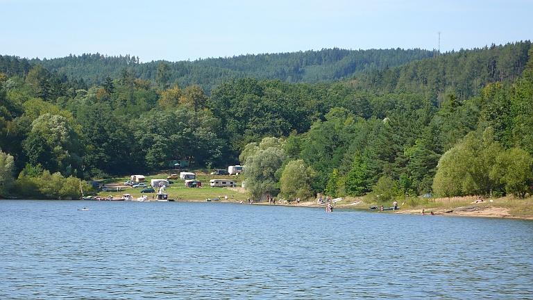 Orlická přehrada - karavan kemp Bukovanská