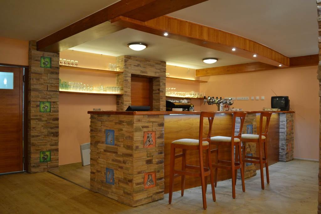 Restaurace v kempu Resort Dešná