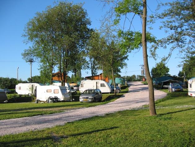Kemp Liščí farma - karavany