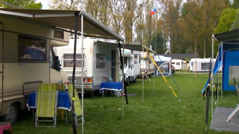 http://www.kempy-chaty.cz/sites/default/files/morava_camp_karavany.jpg