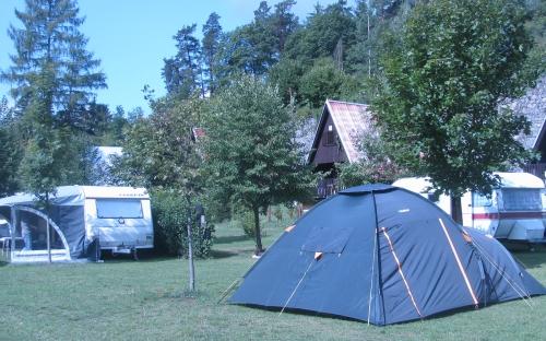 Stanování a karavany - Camp Karolina