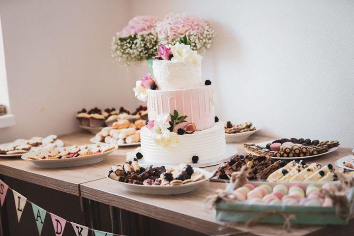 Hochzeitstorte und Desserts. Hochzeiten im Gästehaus.