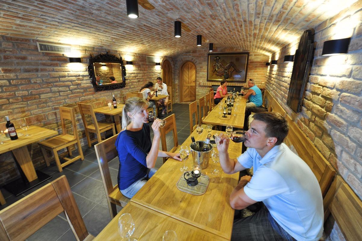 Vinný sklípek na Moravě
