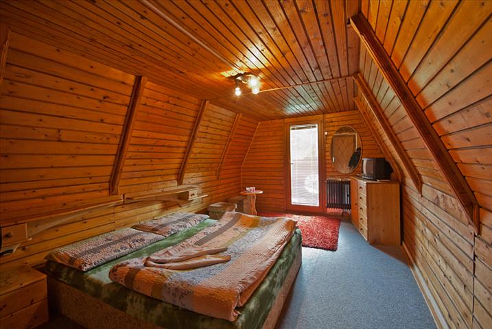 Luxusní dvoulůžkový pokoj v penzionu Koliba