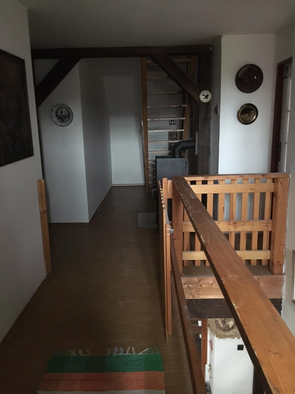 Schodiště do apartmánu, horská chalupa Lužické hory