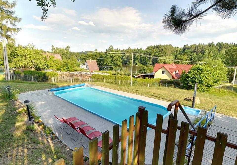 Kemp U Kapličky - bazén