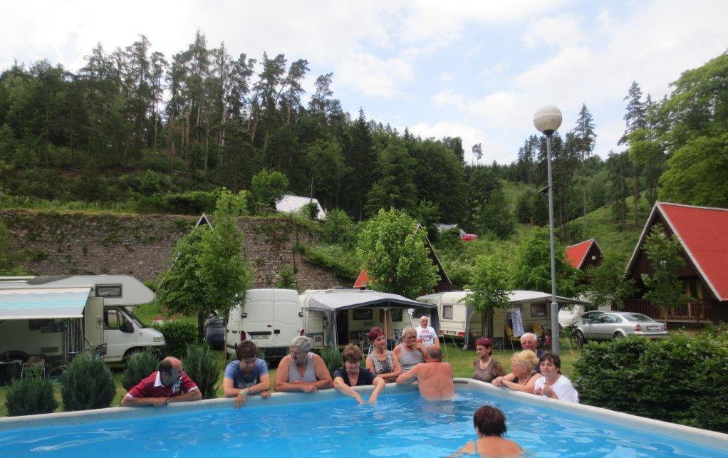 bazén v kempu Karolina