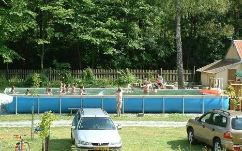 Kemp Karolina bazén