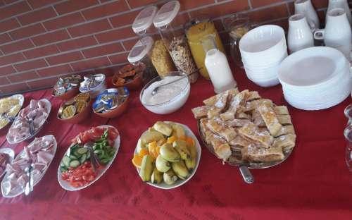 Breakfast at Pension U Lípy Mácháč