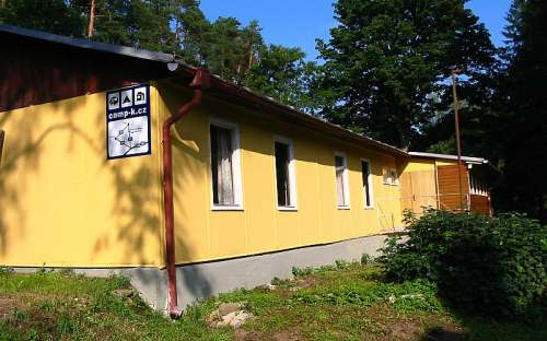 Dormitorio Camping Karolina
