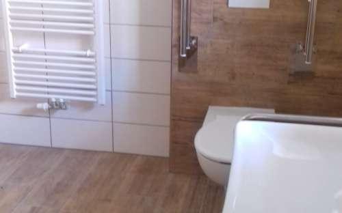 Pokoj Jan - Dvoulůžkový bezbariérový apartmán s kuchyňkou a rozkládacím gaučem