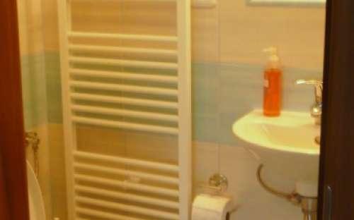 Badkamer voor kamer nr. 5