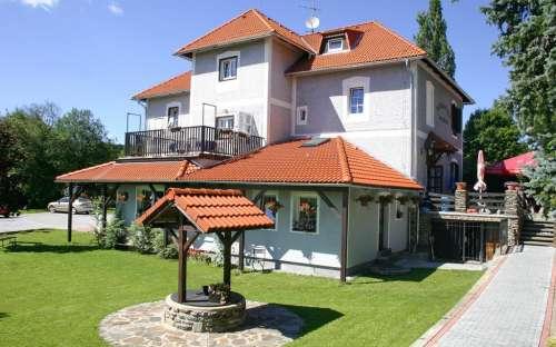 Appartementen U Nešlehů - recreatie in Lipno, in het dorp Hurka, Zuid-Boheemse regio