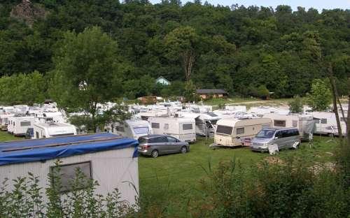 Camp Bítov - stany, karavany