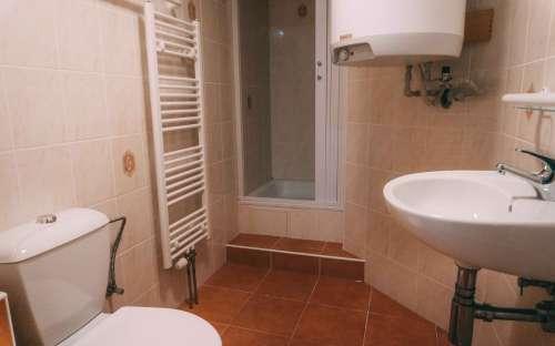 Koupelna v dvoulůžkovém pokoji