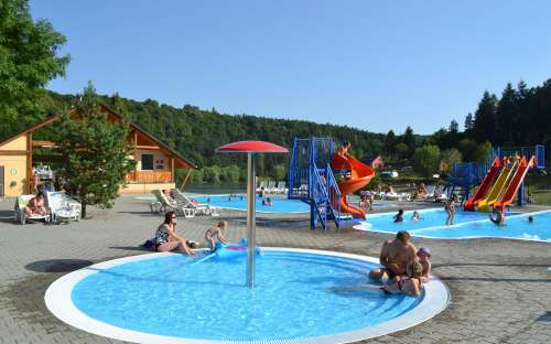 Camp Bítov - svømning, swimmingpool