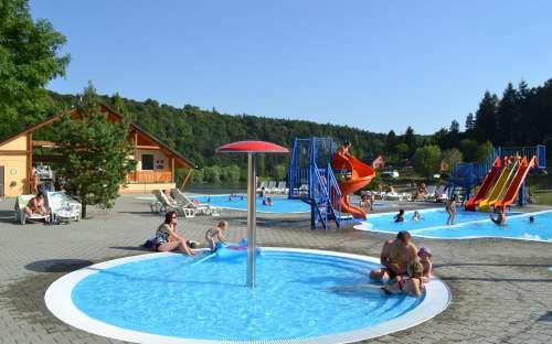 Camp Bítov - koupání, bazén