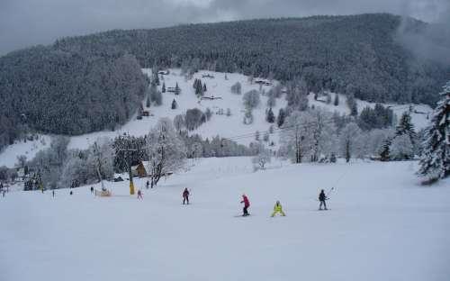スキーリゾートVelkáÚpa