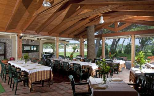 Camping California - restaurace