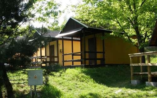 Camp Bítov - 4 lůžková chatka s vařičem