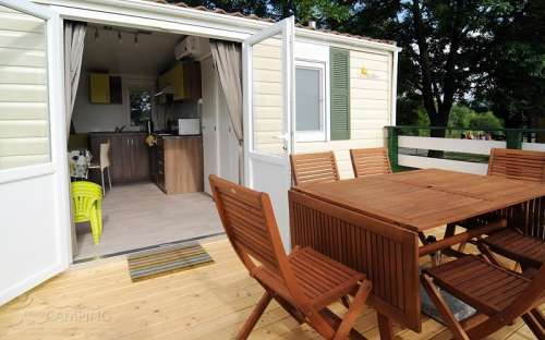 Camping Mara - cottage lux interni
