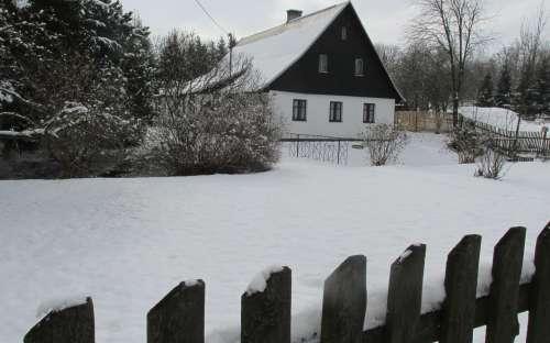 Chaloupka in de winter