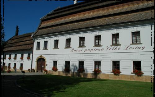 Handgeschept papierfabriek Velké Losiny