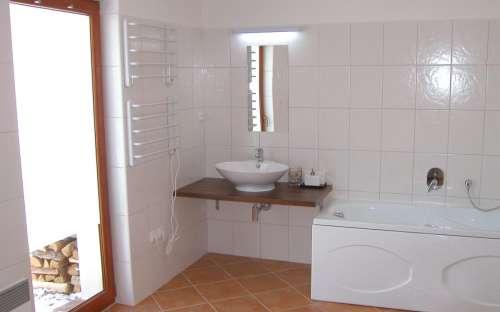 Chalupa Dolní Morava – část B – jih: Koupelna
