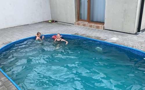 Schwimmbad in der Hütte Nové Mlýny