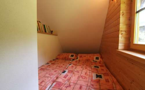 partially separated 2 bed