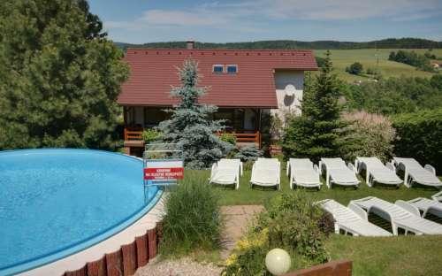 Outdoor semi-enclosed pool 6,20m x 1,40m