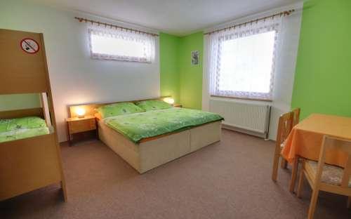 Cottage Pavel - green bedroom