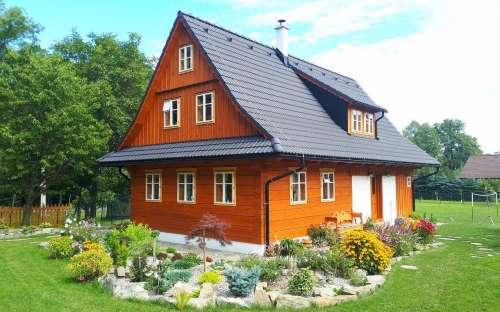 木造のコテージPomněnka、KomorníLhotka、モラヴィア-シレジア地域