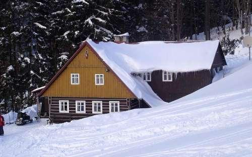 Chalupa Pultarka v zimě
