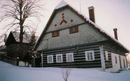 Sommerhus om vinteren