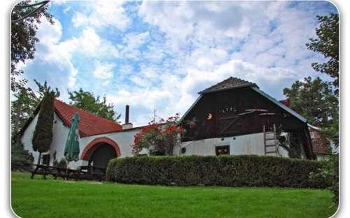 Cottage e cottage Boemia del Sud, Fattoria U Šťástků Šumava