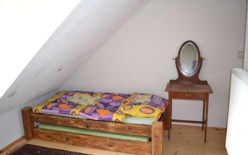 Velký apartmán - oranžový pokoj s koupelnou - čtyři lůžka