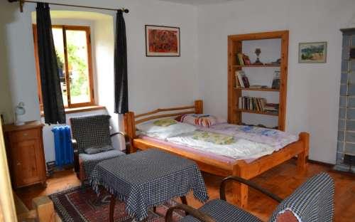 Malý apartmán - pokoj čtyři lůžka