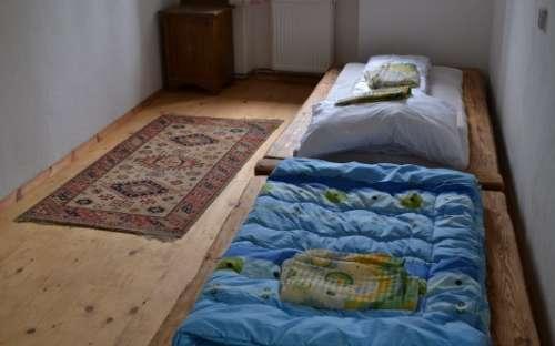 Apartmán Ubytování ve dvoře - Pokoj dvě lůžka
