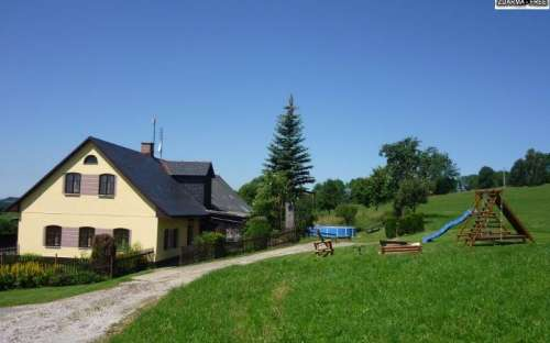 Ferienhaus U Vyšanských mit Schwimmbad, Riesengebirge, Liberec Region