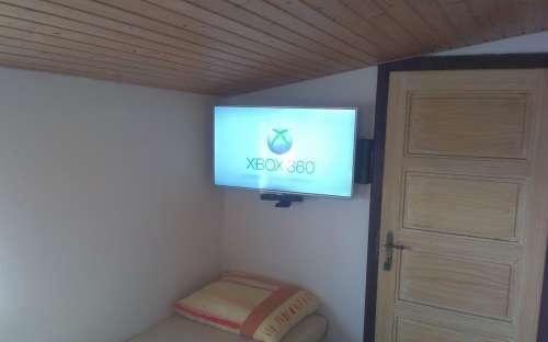Xbox 360 + Kinect Sensor