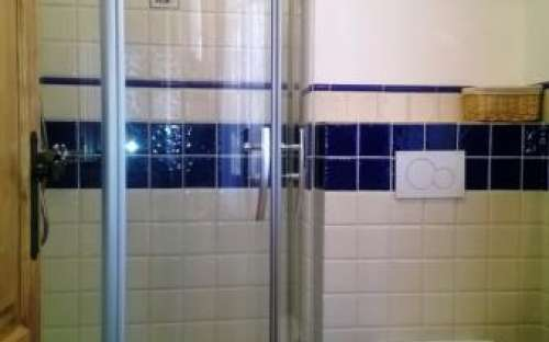 modrý pokoj - sprcha