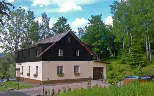 Horská chata Děvín, Zdobnice