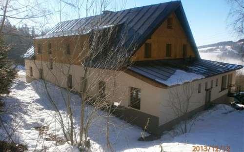 Chata obec Strážné, Královéhradecko